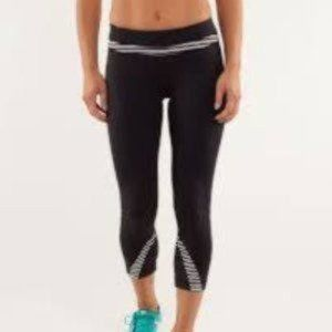 Lululemon | Run Inspire Crop II size- 4